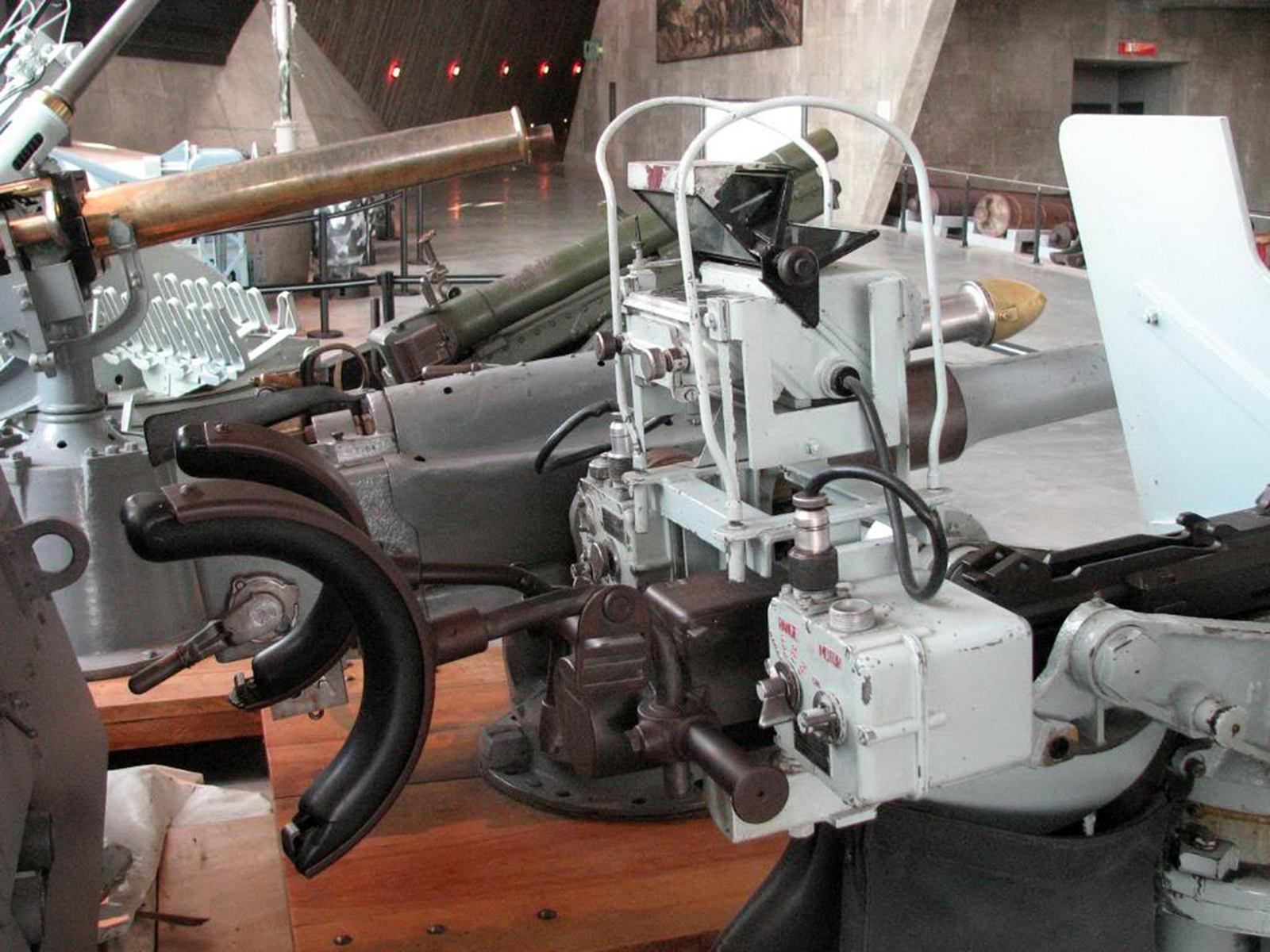 20mm Anti-Aircraft Gun (10)