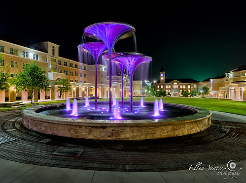 trip light building college water fountain architecture night campus landscape photography ellen university glow texas outdoor picture architectural christian ftworth tcu photograhy yeates texaschristianuniversity ellenyeates purplelilyfountain