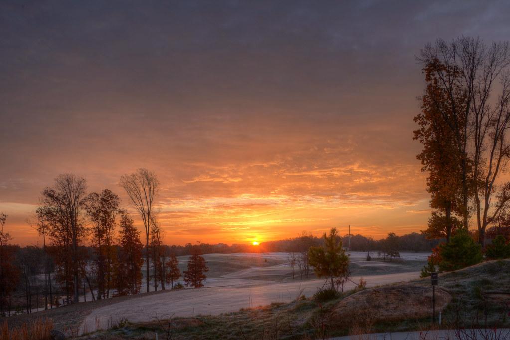 Sunrise 141129-2 by taduque