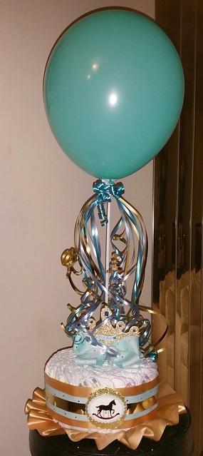 Baby shower balloon centerpiece