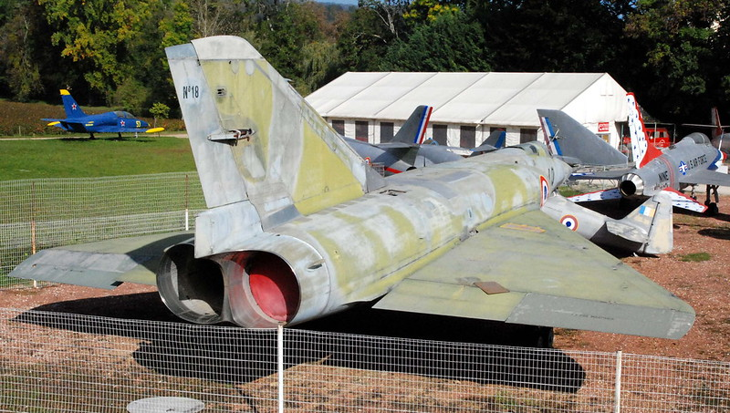 Mirage IV, Chateau de Savigny-lès-Beaune, Côte d'Or, Bourgogne, France.
