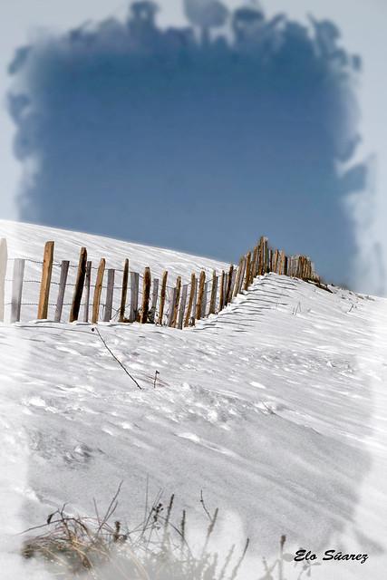 Valla en la nieve
