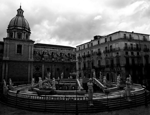 Palermo : Fontana Pretoria