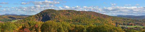 autumn panorama connecticut hamden sleepinggiant quinnipiacuniversity