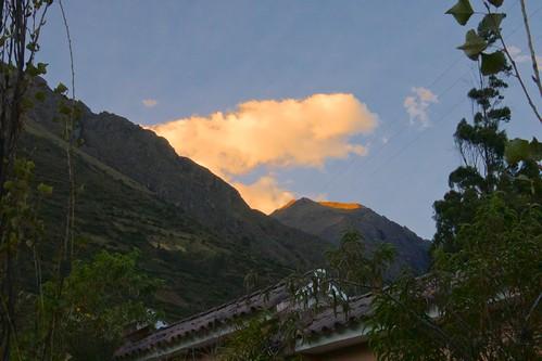 sunset mountains peru agriculture goldenhour 2014 mayjune 5photosaday casaandinapvtcollection urubambaorsacredvalley