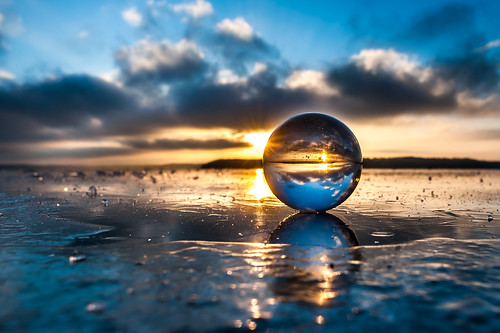 blue winter sunset sky sun cold ice nature glass oneaday clouds ball reflections project nikon day angle wide photoaday 20mm 365 nikkor lithuania pictureaday crystalball kaunas glassball 2014 f28d project365 20mmf28d 365days nikkor20mm dayphoto daypicture d700 nikon20mm nikon20mm28d nikond700 361365 crystalballproject 365one afdnikkor20mmf28 3652014
