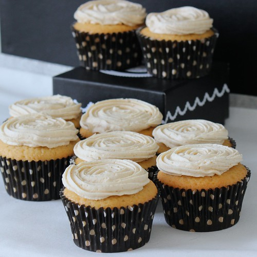 Maple Cupcakes with Cinnamon Frosting | by chelseaemeliekelly