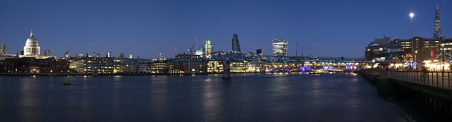 London at night 24.12.14