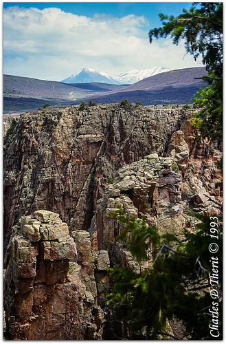 canon colorado eos620 explore unitedstates usa crawford lujane landscape co montrose black canyon gunnison river rockymountains snowcapped mountains rocks rocky portrait explored eos ef35105mmf3545 slidefilm colorslidefilm 35mmslidefilm scanned image photo analog film best wonderful perfect fabulous great pic picture photograph scan analogue archive argentic slide scans esplora