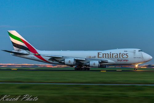 1/13sec panning OO-THD Emirates Boeing 747-4HAF(ER) | by Kusch Aviation