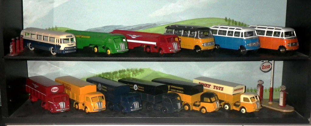 Dinky Toys Panhard semi remorque et mini bus Mercedes | Flickr