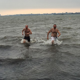 Freezing New Year's dive in the #IJsselmeer at #Durgerdam with good friend docter SvdV. | by AlexKlusman