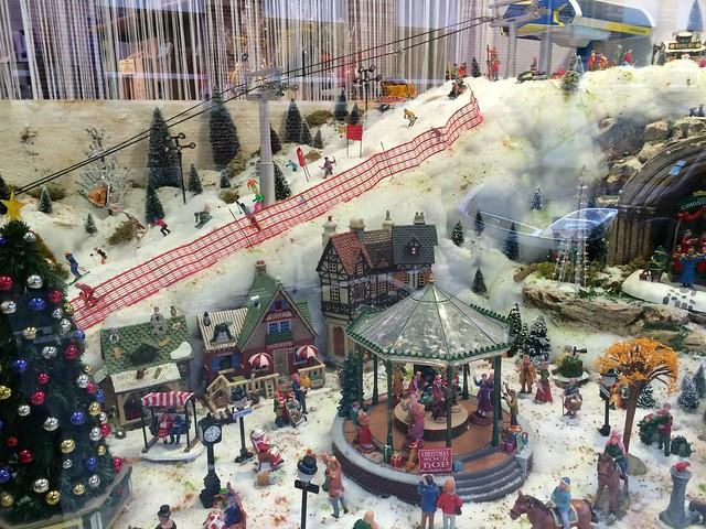 Joyeux Noël... mais cherchez l'intrus !