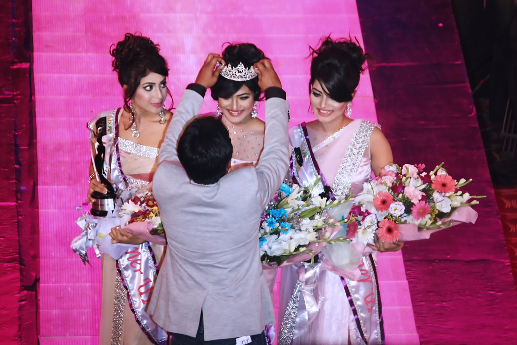 Lux Channel i Superstar 2014 Grand Finale: 99