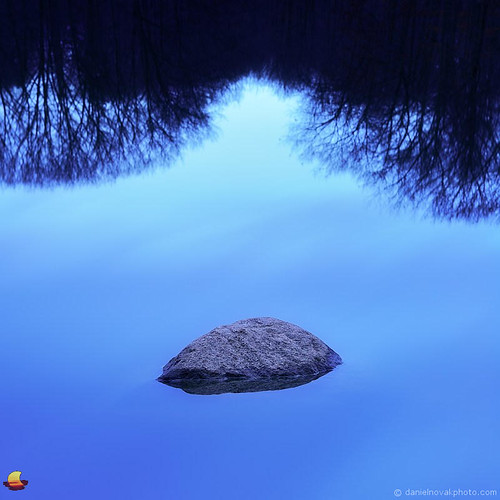 morning blue lake ny newyork reflection nature rock landscape outdoors photography photo image picture greenlake minimalism orchardpark yatespark
