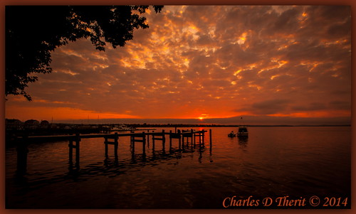 113 16mm 1635mm 220 5d 5dclassic 5dmark1 5dmarki boat canon chesapeakebay cloudy concordpoint ef1635mmf28liiusm eos5d explore f22 havredegrace maryland orange pier sunrise ultrawideangle unitedstates usa water wideangle northamerica explored best wonderful perfect fabulous great photo pic picture image photograph esplora ultra wide angle