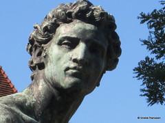 Amsterdam - standbeeld Mercurius bij Rijksmuseum