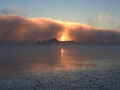 sunrise fog seafog dawn sun morning sea water ice mist crackedice helsinki finland kaivopuisto