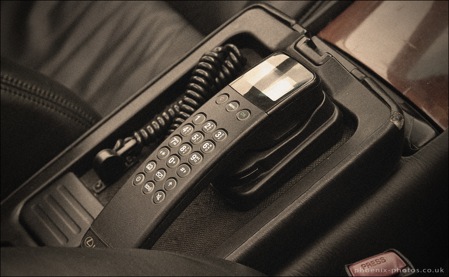 Car Phone_r