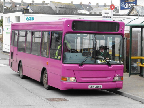 Western Greyhound 202 - SHZ2046 (Newquay, Bus Station) 11-01-2015 | by parkandride2007