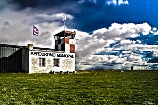 """Aeródromo """"El Busto"""" HDR I"""