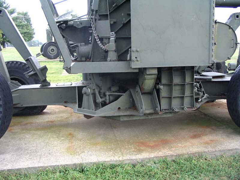 NAM 90 mm M2 protiletalski Pištolo 3