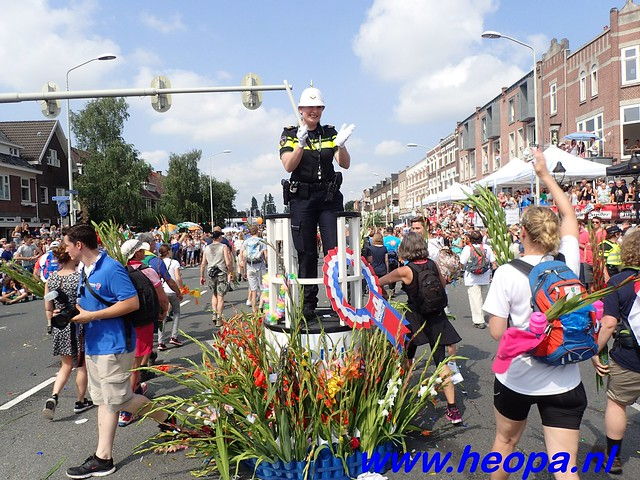 2016-07-22   4e     dag Nijmegen      40 Km   (185)