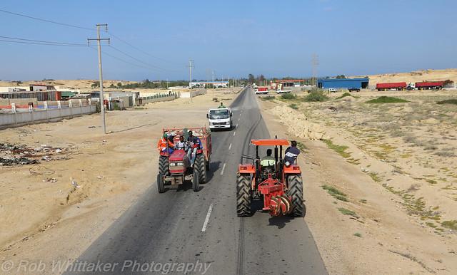 Rush Hour, Angola