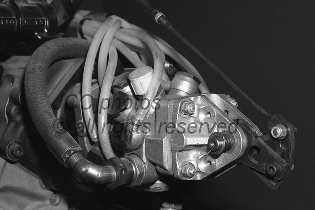 Matra engine V12 3.0L MS72 injection pump