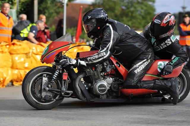 Henle Suzuki Kneeler 1000 1978 Wiedemann Oldtimer GP Schwanenstadt (c) 2016 Бернхард Эггер фото :: ru-moto images 2778
