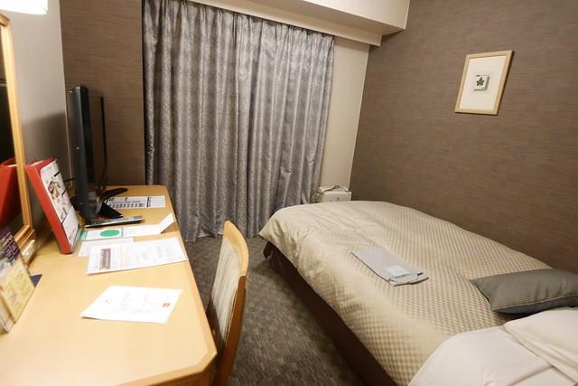 月, 2014-11-10 00:05 - 梅田 東急イン