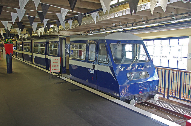 RD10461.  Southend Pier Railway.