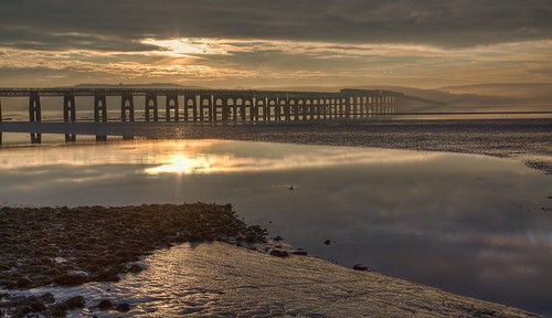 bridge sunrise river dundee rail tay