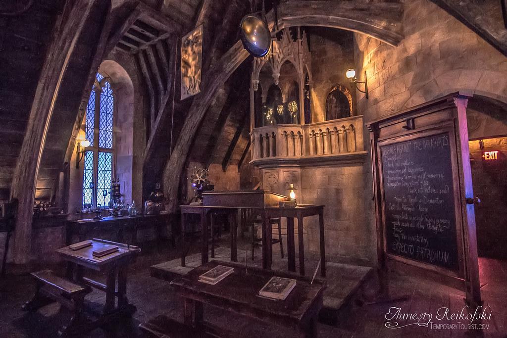 Defense Against Dark Arts Classroom Inside Hogwarts Forbi Flickr