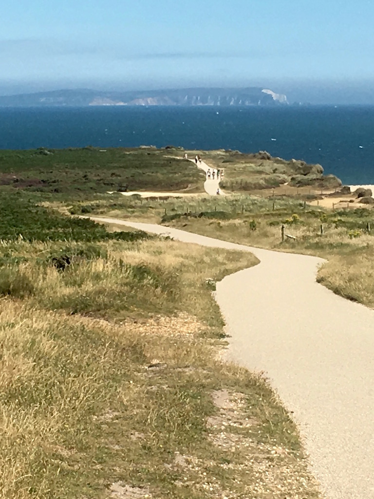 Isle of Wight from Hengistbury Head Barton to Bournemouth walk