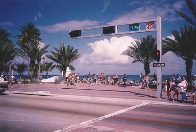 Las Olas Boulevard-A1A, Fort Lauderdale Beach, Florida, USA - www.meEncantaViajar.com