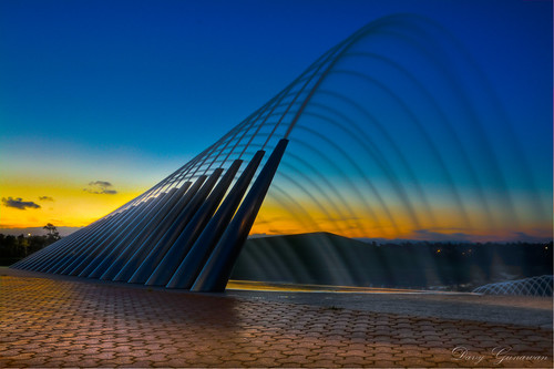 sunset water fountain olympicpark homebush