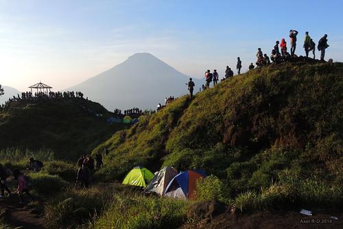 indonesia java personnes montagnes volcan diengplateau jawatengahcentraljava gunungsindoro
