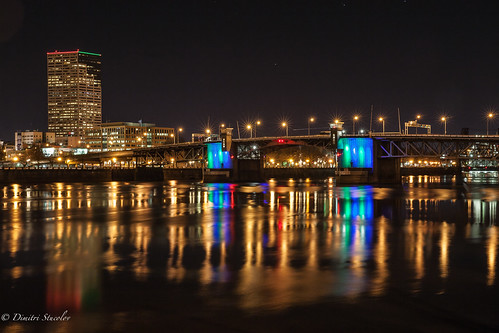 longexposure bridge reflection oregon canon portland landscape lights cityscape northwest 5d pdx nightshots starburst burnside wellsfargobuilding мост willlametteriver портланд орегон dimitristucolov