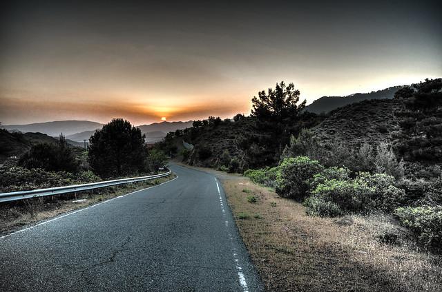 Mountain road / Горная дорога