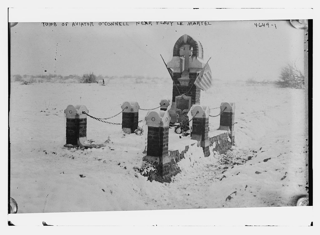 Tomb of aviator O'Connell near Flavy Le Martel (LOC)