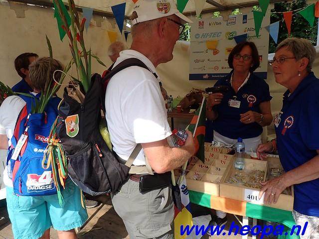 2016-07-22   4e     dag Nijmegen      40 Km   (220)