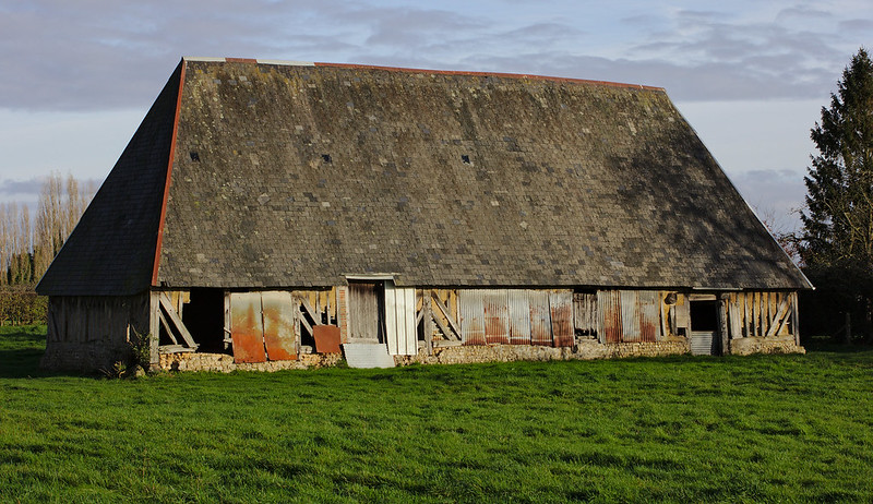 How to repair a barn