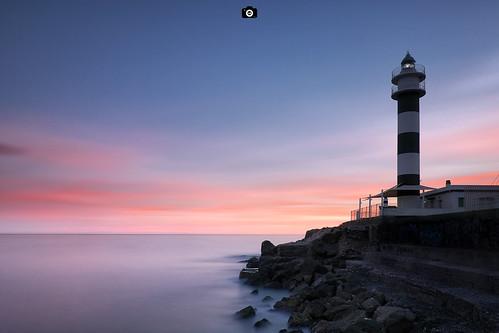 faro aguilas largaexposicion mar marmediterraneo luz rojo azul nubes paisaje marina murcia cielo atardecer sunset lighthouse red blue sea longexposure landscape seascape clouds canon80d canon1022 formatthitech haida