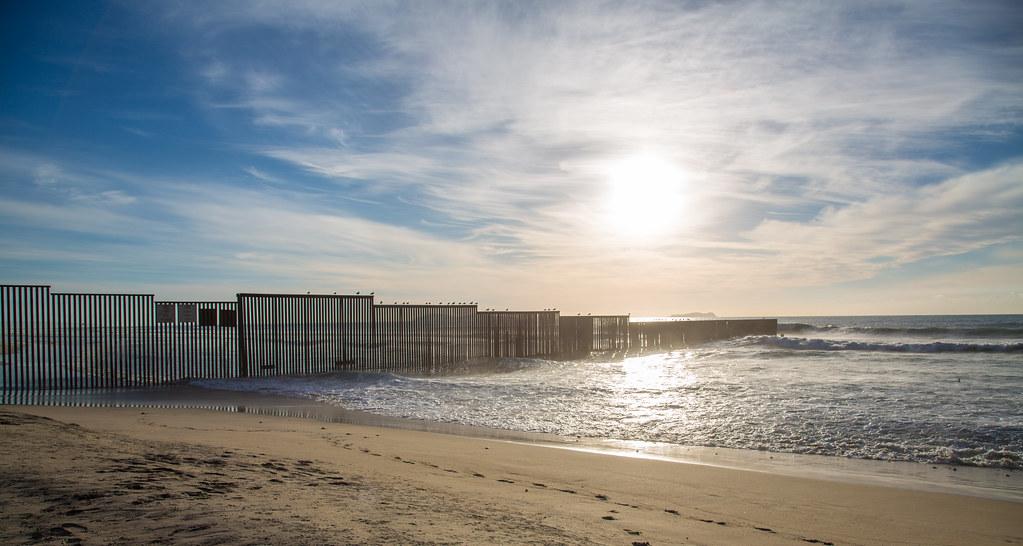 Mexico / US Pacific Ocean Border Fence