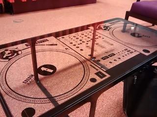 Radio 1/1xtra turntable table