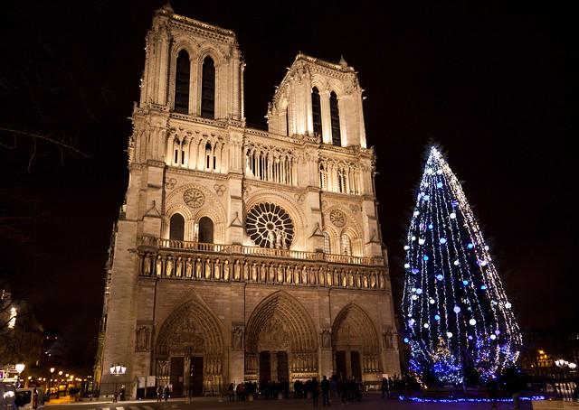 Merry Xmas and a Happy New Year! Joyeux Noel et une Bonne Nouvelle Annee!!