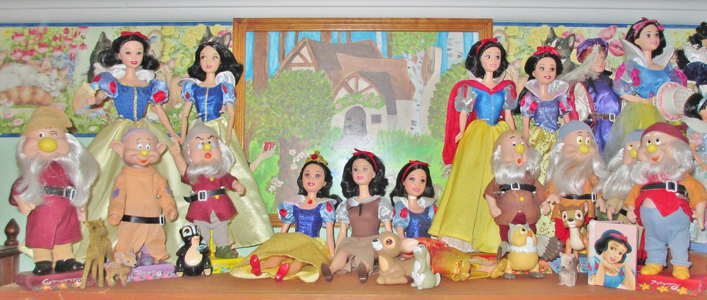 My Story: Snow White (My Snow White Display 2014 part 1 of… | Flickr
