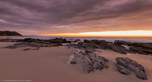 ocean beach sunrise sand ngc australia nambuccaheads nikonaustralia taragowen photographybytaragowen