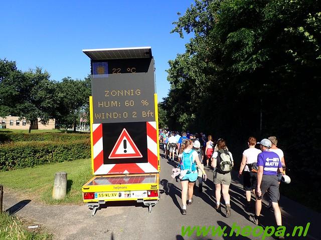 2016-07-19   1e dag Nijmegen    40 Km (48)